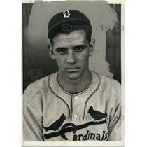 1935 Press Photo St. Louis Cardinals rookie outfielder John WInsett - net02315