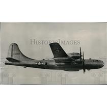 1946 Press Photo First flight picture of Boeing XB-44 Superfortress - spa22651