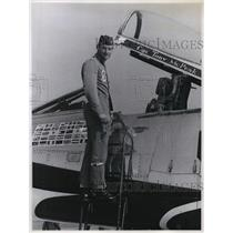 1967 Press Photo Capt.M.A. McPeak, Grants Pass bailes out of his F100 Supersabre