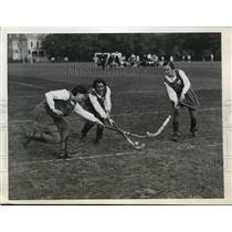 1931 Press Photo All Scottish girls field hockey vs All American team in PA