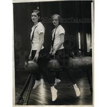 1929 Press Photo Marien Hobday and Ruth Valetine, gymnasts at Sargent School