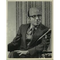1972 Press Photo Author Bill Adler, will be the host of Kid Talk - mja00509