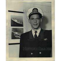 1957 Press Photo Capt Kenneth McAlpin Columbia River Bar Pilot - ora54257
