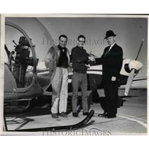 1964 Press Photo Howard Cable, FAA Examiner - ora96929