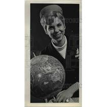 1968 Press Photo Francine Shriocke of Gladstone Airlines Stewardess - ora78023