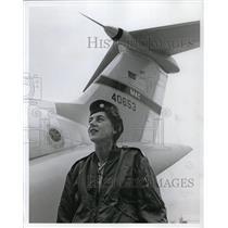 1967 Press Photo Maj. Ruth Lepschat, chief nurse of 40th Aero-Medical - ora50269