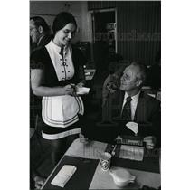 1973 Press Photo Principal Keith Rostvold with Pam King - spa18869