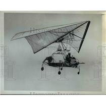 Press Photo Kite Plane - orb18635