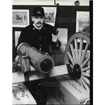 1981 Press Photo Bill Schaber, Frontier gear of 1890 in Spokane. - spa21532