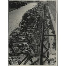 1931 Press Photo R. Nelson & R. Sansoucy with bicycles at Wauwatosa High School
