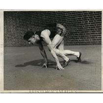 1926 Press Photo Captain Ray Wolf in Hurdles University of Pennsylvania