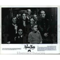"""1991 Press Photo The cast of Paramount Pictures' """"The Addams Family"""""""