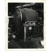 1937 Press Photo Westinghouse Chicago Service Shop Servicing Motors - ney10320