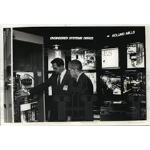 1990 Press Photo ABB Sytems Inc. gen. manager Robert DeVinney & RC Rittenhouse