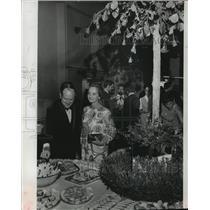 1969 Press Photo Mr & Mrs Orren J Bradley at Women's League gala - mja09435