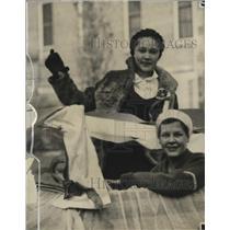 1930 Press Photo Hannah Werwath and Helen Koch - mja17673