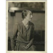 1929 Press Photo Debutante Mrs. John S. Bartlett - mja18668