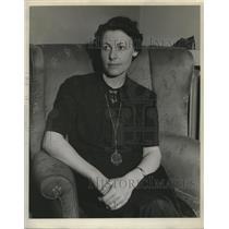 1938 Press Photo Mrs. EV Hanley - mja17960
