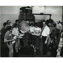 1983 Press Photo Member of Quality Circle of Department 339 at Briggs & Stratton