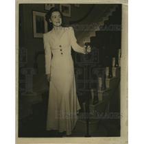 1940 Press Photo Ann Krause engaged to John M Friend  - mja18710