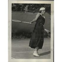1933 Press Photo Virginia Stevens playing tennis  - mja17607