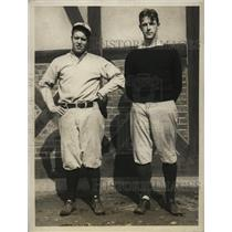 1925 Press Photo R. W. Puffer, R. E. Cordingley, Harvard University pitchers