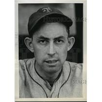 1937 Press Photo Cliff Melton of New York Giants - cvb75251