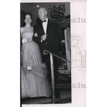 1958 Press Photo Mr. Fred S. Stejer and Mrs. Richard A. Stejer - spa18807