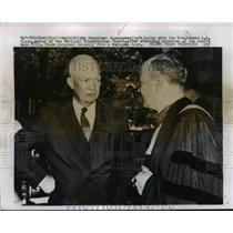 1957 Press Photo Pres. Eisenhower talked with Rev. Edward L.R. Elson - nee98987