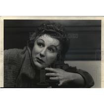 "1942 Press Photo Judith Anderson, as the famous sleep-walking Queen. ""Macbeth."""