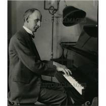 1925 Press Photo Frank Tattersoll - spa19856