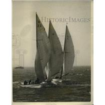 1926 Press Photo Three yachts almost collide during Pacific Coast Regatta in CA
