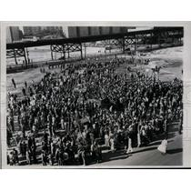 1934 Press Photo Communist marchers at NYC Columbus Day protest - net09261