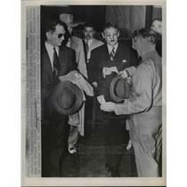 1952 Press Photo Ex Cuban President Carlos Prio Sacarras arrives at airport