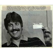 1989 Press Photo Chicago Illinois lottery Michael Wittkowski & 40 million ticket