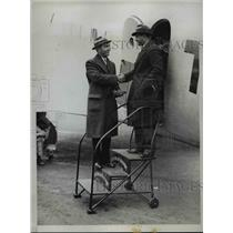 1934 Press Photo World War II Pilot Eddie Rickenbacker, D.W. Tomlinson, Newark