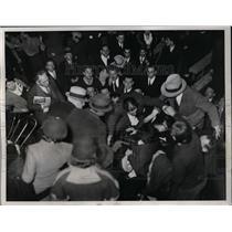 1934 Press Photo Socialist Communists & police in battle in NYC - net10594