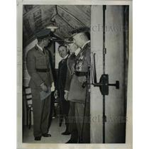 1979 Press Photo King Leopold of the Belgians in Concrete air raid Shelter
