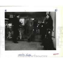 1990 Press Photo Commuter Yvonne Jones at Spokane Airport - spa28244