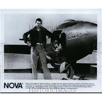 1991 Press Photo Pilot Chuck Yeager and Glamorous Glennis - spp01069