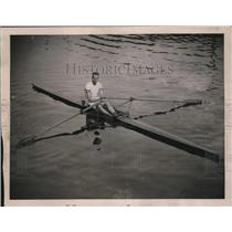 1922 Press Photo D'Aroy Hadfield wins sculling championship in New Zealand
