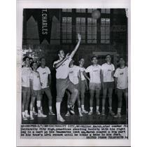 1956 Press Photo Wilbur Marsh University City High Missouri basketball