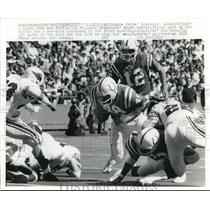 1978 Press Photo Colts Roosevelt Leaks vs Cardinals Roger Wehrli, Ken Stone