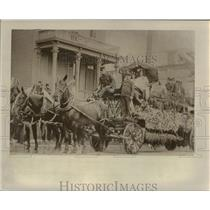 1908 Press Photo Fire Department float - orc17576