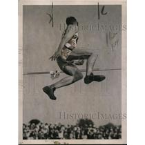 "1921 Press Photo JB Stack of Cornell in high jump of 5' 8"" at meet vs Princeton"