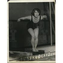 1924 Press Photo Helen G McKinney at Olympic swim tryouts - net12599