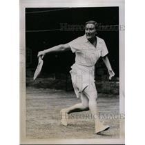 1934 Press Photo Miss Mathieu of France at Wimbledon tennis practice - net10054