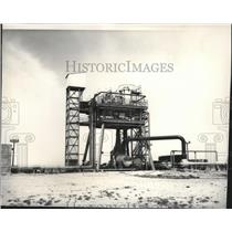 1965 Press Photo 30-inch Vacuum Pipe Runs From Ejector to Diffuser - spa28511