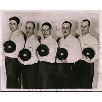 1935 Press Photo Wolf's Service bowling team