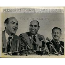 1968 Press Photo 76ers coach Alex Hannum, Jack Ramsay & owner Irv Kosloff